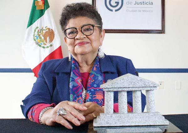 portalforojuridico-PremiosFJ-Ernestina Godoy