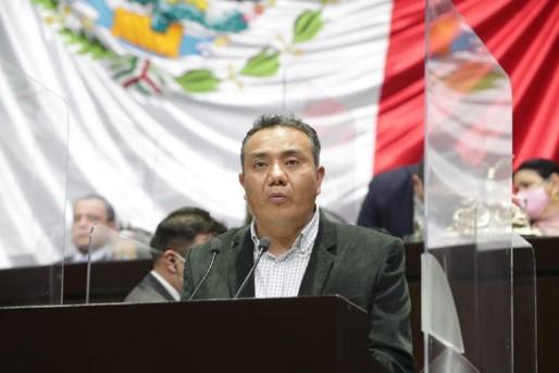 foro jurídico Presentan iniciativa en materia de financiamiento público para partidos políticos