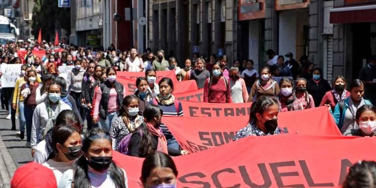 foro jurídico Protestas de normalistas de Teteles, Puebla
