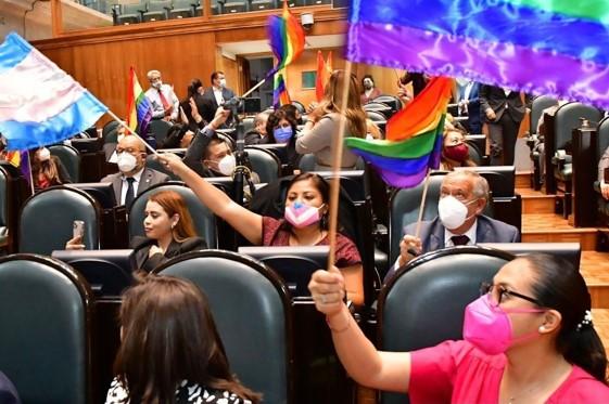 foro jurídico Aprobó el legislativo del Edomex la ley de identidad de género