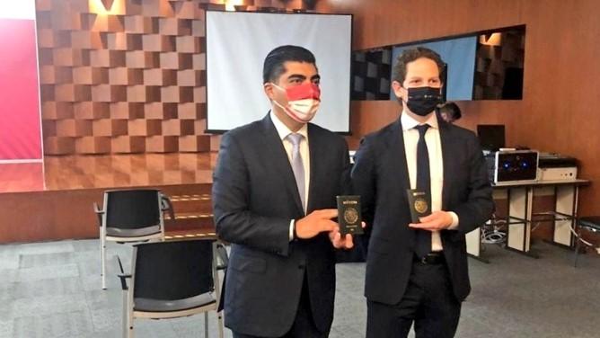 foro jurídico SRE implementará los pasaportes electrónicos