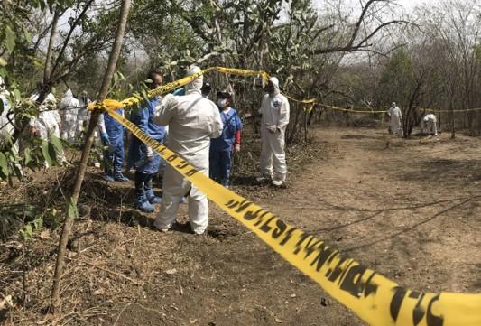 foro jurídico Urgen acciones en los sitios de exterminio