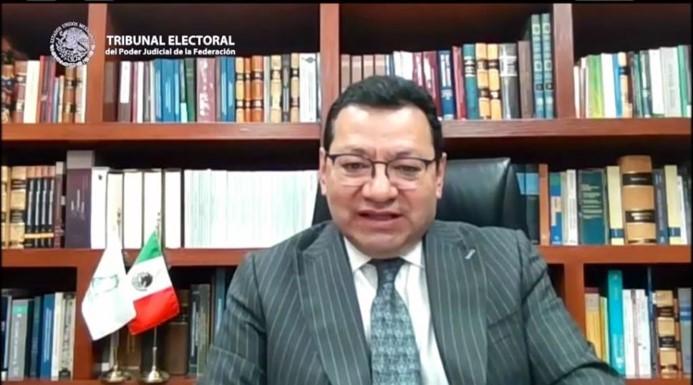 foro jurídico magistrado Alfredo Fuentes Barrera