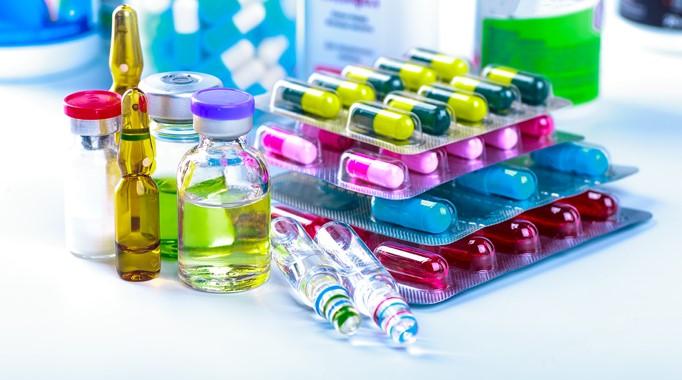 foro jurídico Cofece multa a distribuidoras de medicamentos