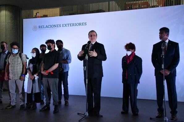 foro jurídico México ayudó al times a sacara sus periodistas de Afganistán