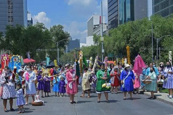 foro jurídico Mujeres indígenas marchan en CDMX
