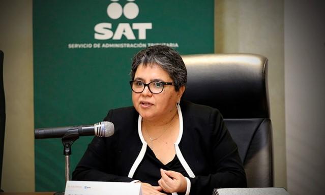 foro jurídico Raquel Buenrostro jefa del SAT